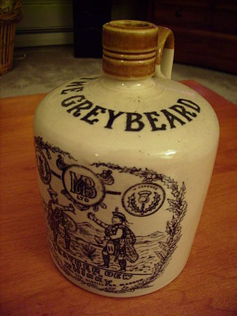 Greybeard Heather Dew Scotch whisky jug Greybeard whisky.JPG