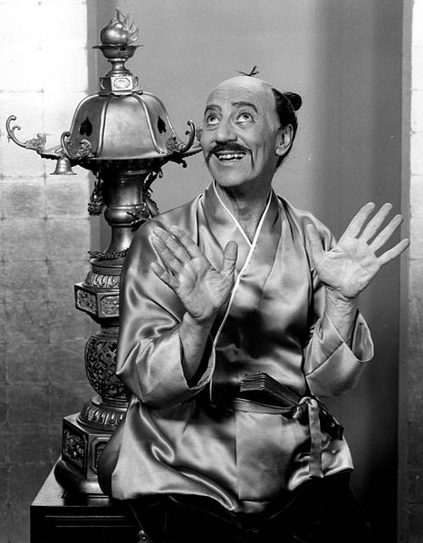 File:Groucho Marx Koko the Mikado Bell Telephone Hour 1960.JPG