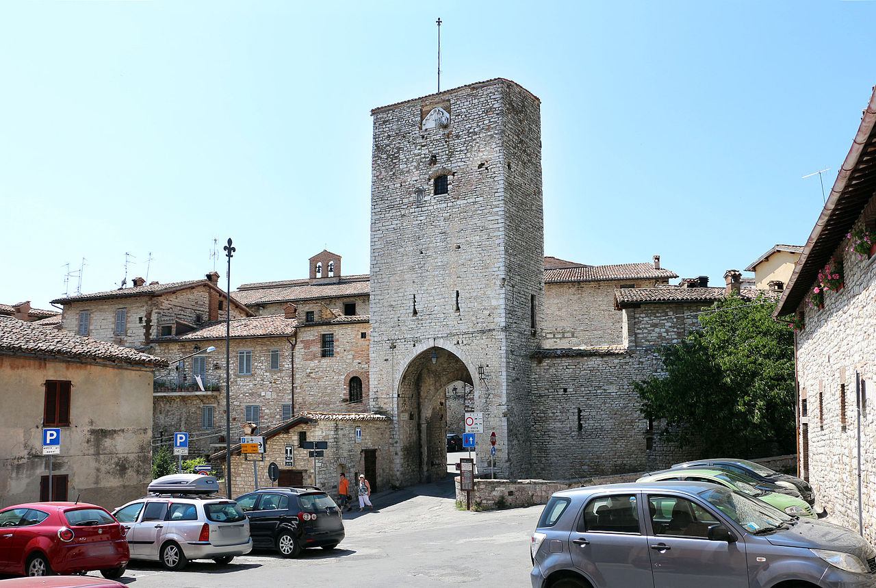 Fichier Gubbio Porta Romana 03 Jpg Wikip Dia