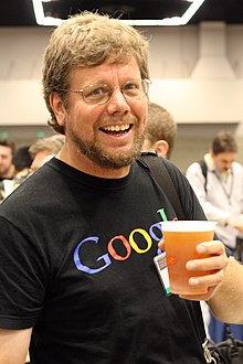 Description de l'image  Guido van Rossum OSCON 2006.jpg.