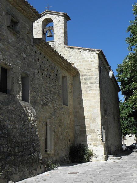 Église Saint-Michel de Guzargues (34). Façade occidental et flanc sud.