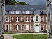Hénu château 1.jpg