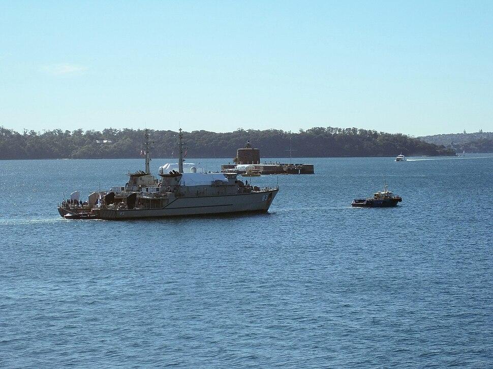 HMAS Hawkesbury Norman under tow
