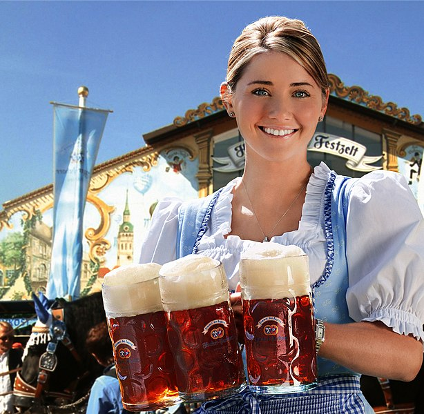 Datei:Hacker-Pschorr Oktoberfest Girl Remix.jpg