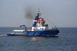 Hanse Sail 2009 - Schlepper Fairplay 26.jpg