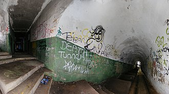 Bunker - Image: Hill 60 illowra battery port kembla