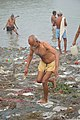 Hindu Devotee Returning After Holy Dip In Ganga - Makar Sankranti Observance - Kolkata 2018-01-14 6721.JPG