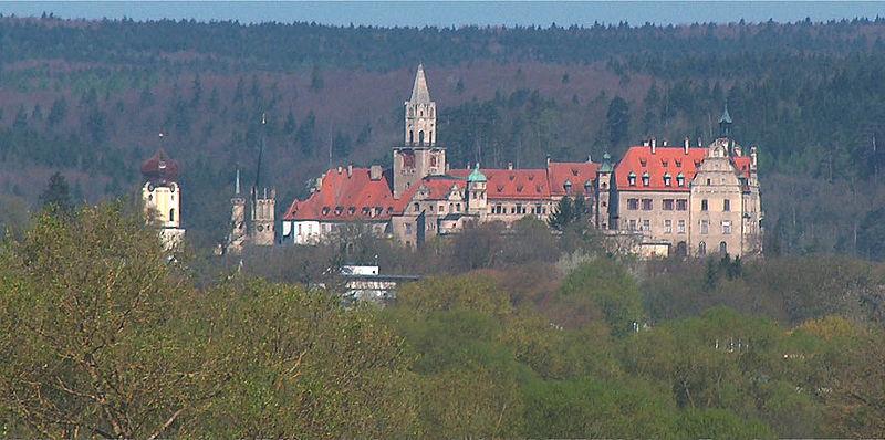 Datei:Hohenzollernschloss Sigmaringen.jpg
