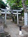 Horinouchi kumano jinja suginami 2009.JPG