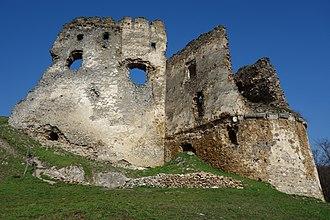 Básztély (genus) - The ruins of Csicsva (Čičava), today in Slovakia