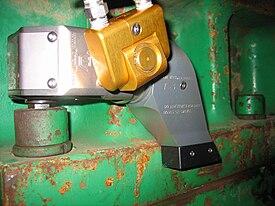 Hydraulic torque wrench - Wikipedia