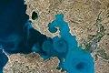 ISS049-E-003464 lrg (Van Lake).jpg
