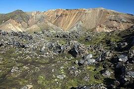 Iceland (6111911409).jpg