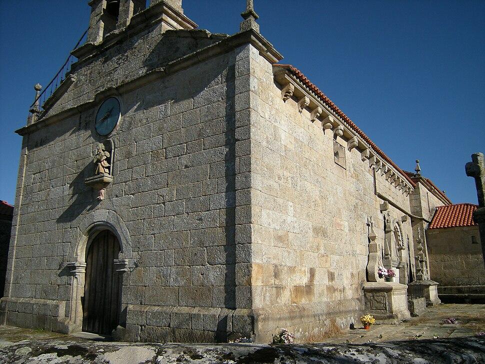 Igrexa de Santo André de Guillamil, Rairiz de Veiga