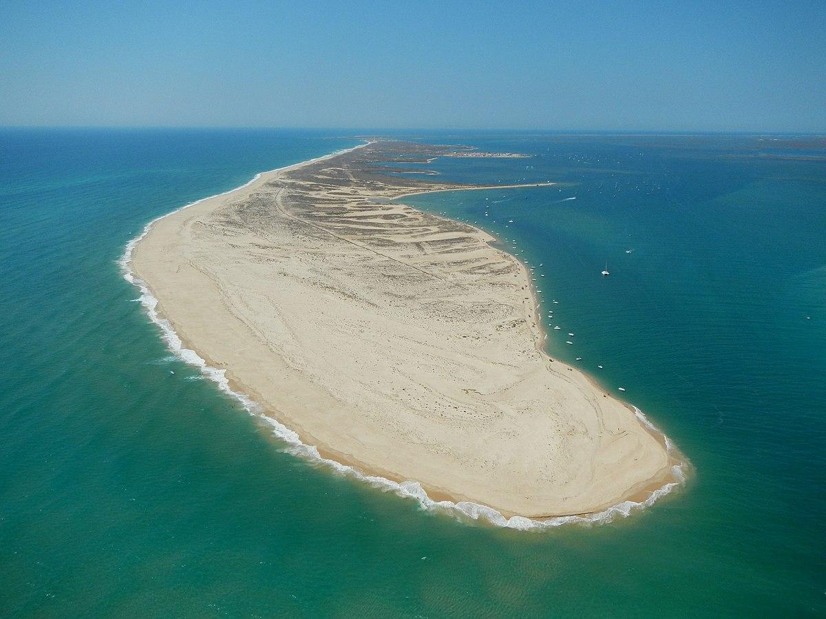 Ficheiro:Ilha da Culatra em vista aérea da barra com a Armona.JPG –  Wikipédia, a enciclopédia livre