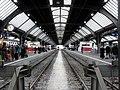 Innen Züricher Bahnhof - panoramio.jpg