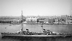 Italian cruiser Montecuccoli.jpg