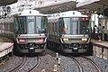 JRW Series 223-2000 set W39 with Series 223-1000 set W2 at Motomachi station.jpg