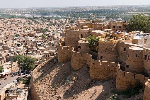 Jaisalmer Fort Palace Museum-6-Barbicane walls-20131010