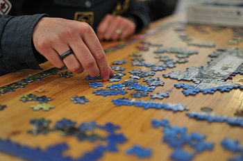English: Puzzle Svenska: Pussel
