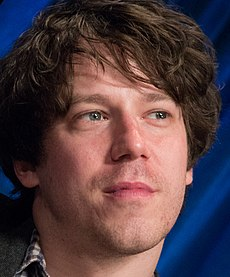 John Gallagher, Jr. at PaleyFest 2013 (cropped).jpg