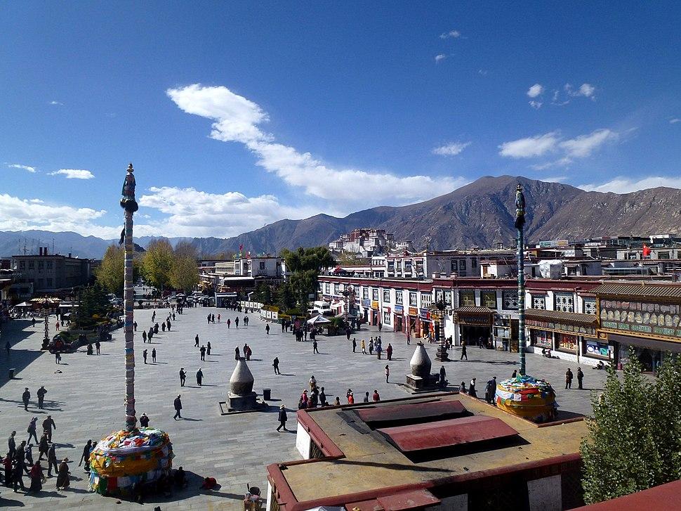 Jokhang Temple Lhasa Tibet China 西藏 拉萨 大昭寺 - panoramio (6)