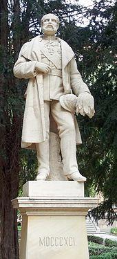 König-Albert-Statue im Hofgelände im Gymnasium St. Augustin in Grimma (Quelle: Wikimedia)