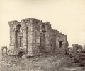 KITLV 100456 - Unknown - Martand Temple on the plateau above the Kashmir Valley in British India - Around 1870.tif