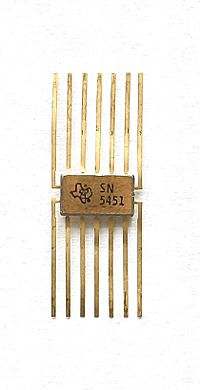 "Transistorized ""logic"" chip, an integrated circuit produced by TI KL TI SN5451 Logic IC.jpg"