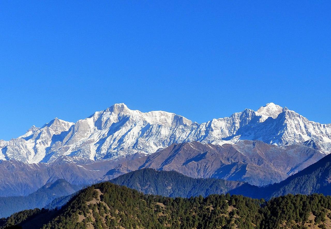 File:Kedarnath and Kedar Dome, Uttarakhand India November ...