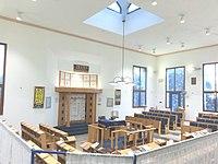 Kfar Vradim Zentralsynagoge Interieur.jpg
