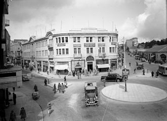 Downtown Triangle (Jerusalem) - Cafe Europe, located in the Sansur Building at Zion Square, circa 1934–1946.