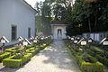Klosterfriedhof der Franziskaner in Hall in Tirol.JPG
