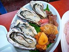 Korean.cuisine-Hoe-02.jpg