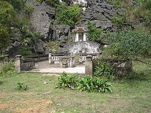 Lê Hoàn - Lê Đại Hành's tomb at Hoa Lư.