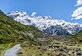 Landscape in Mount Cook National Park 01.jpg