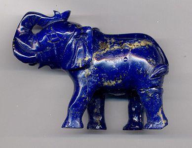 Batuan Metamorf Lapis Lazuli sebagai bahan dasar patung