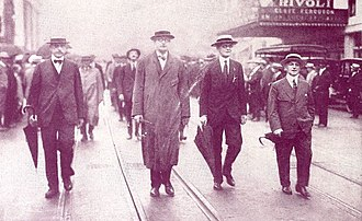 1919 Actors' Equity Association strike - Actors' Equity president Francis Wilson (right) marching with other AEA leaders during the 1919 strike