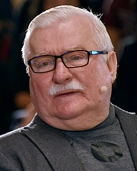 Lech Wałęsa (2019), FORUM 2000, Prague (2).jpg