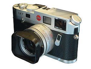 Rangefinder camera - Leica M7 rangefinder