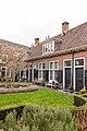 Leiden - Sionshofje - binnenplaats met huizen.jpg