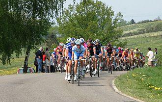 Liège–Bastogne–Liège - Peloton in Liège–Bastogne–Liège 2007 near Tavigny.