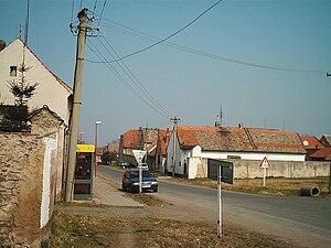 Líšťany (Louny District) - Image: Listany 2