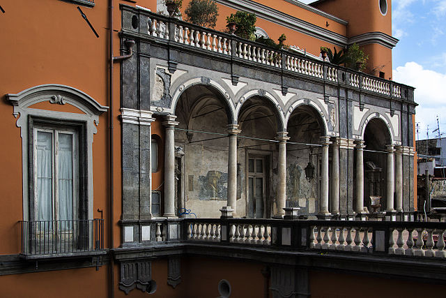 Terrasse du Palazzo Carafa di Maddaloni à Naples.