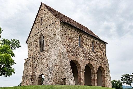 Lorsch, Kloster, Kirchenfragment, Ansicht von Südwesten 20170609 002