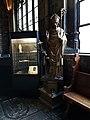 Maastricht, OLV-basiliek, kruisgang, kassa schatkamer en beeld Hubertus.jpg