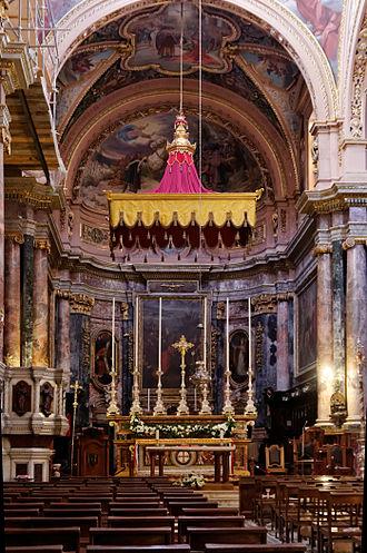 Collegiate Parish Church of St Paul's Shipwreck - Main altar