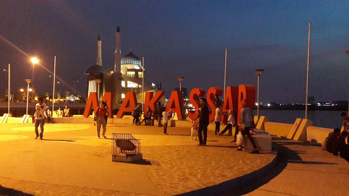 Makassar – Travel guide at Wikivoyage