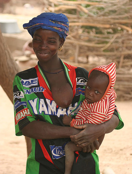 File:Mali - Mother with baby.jpg