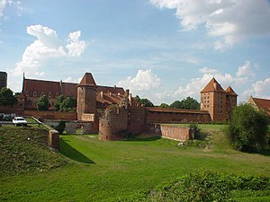 Malbork Castle, Vorburg with rampart added under Hochmeister Heinrich von Plauen